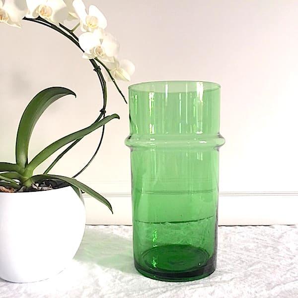 Vase beldi vase vert vase en verre verre beldi verre soufflé verre recyclé artisanat marocain