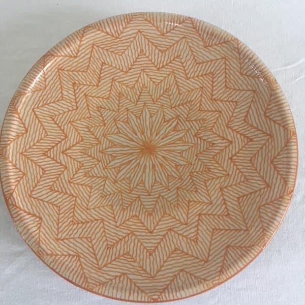 Assiette en poterie de Fès couleur jaune safran Hand made Simonne chic