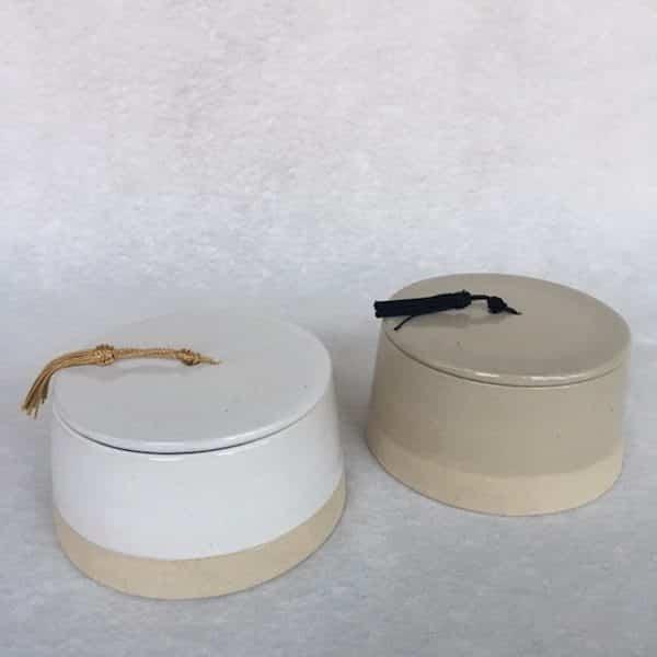 Boite en grès émaillé contraste du mat et brillant collection café crème