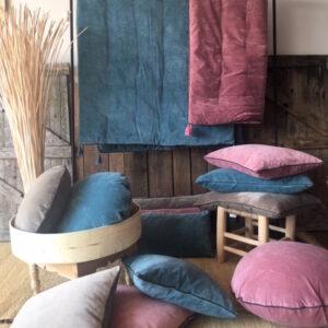 Boutis coussins en velours et coussins de sols décoration d'intérieur linge de maison en velours