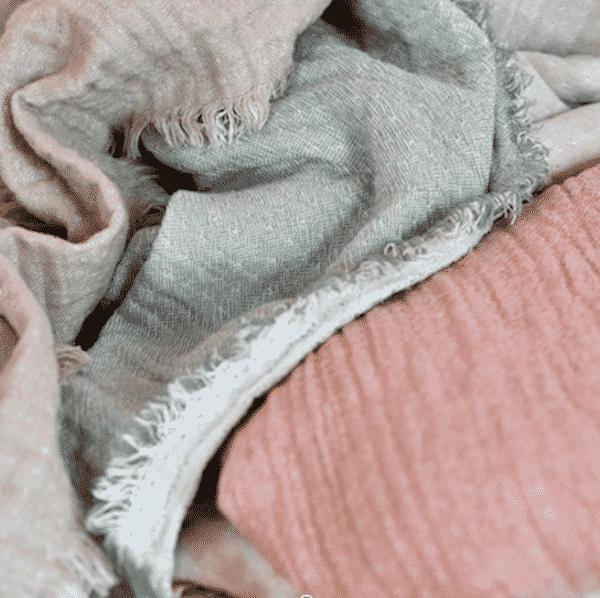 Plaid Célestine gaze de coton gaufré La Maison de Lilo